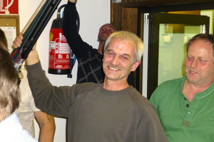 Rainer Kurz in Siegespose
