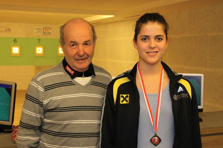 Melanie Zoller mit Silbermedaille